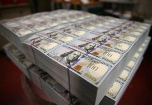 Gimein-Why-Digital-Money-Hasnt-Killed-Cash-690x478-1461789307